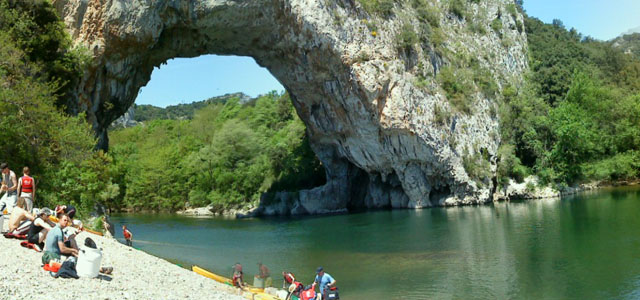 kayaking and canoeing trips in the Ardeche picture